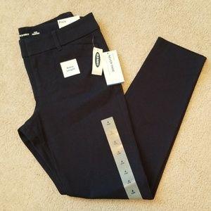 Old Navy navy pixie pants size 4